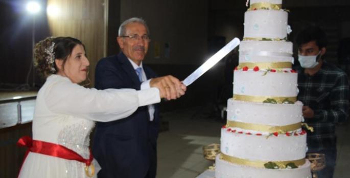 60 yaşında dillere destan düğün yaptılar