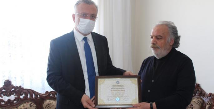Gara şehidinin üniversite diploması ailesine teslim edildi