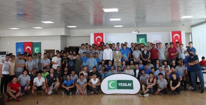 Genç Yeşilay gönüllüleri kamplarda buluştu