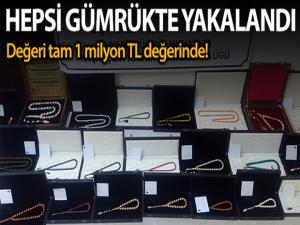Ankara'da 1 milyon lira değerinde mamut, fil ve balina dişi ile gergedan boynuzundan yapılmış tesbihler yakalandı