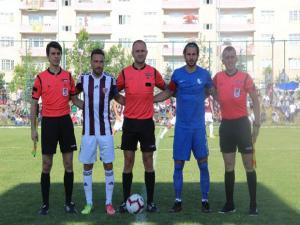 B.B. Erzurumspor hazırlık maçında Hataysporla golsüz berabere kaldı