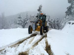 Baharda 4 metre karla mücadele