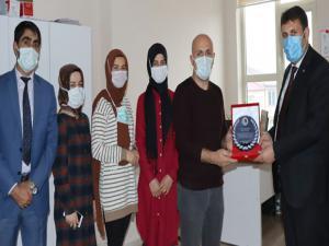 Başkan Yaşar'dan sağlık çalışanlarına tatlı jest