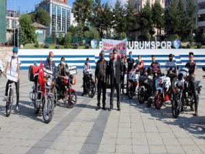 Bisiklet ve Motor tutkunlarından, Yunanistan ve Fransa'ya tepki