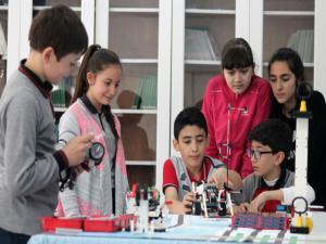 Büyükşehir'den robotik kodlama yaz kursu
