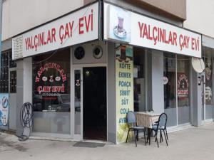 Hırsızlar kahvehaneyi soydu
