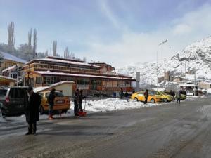 İspir'de karla mücadele çalışması