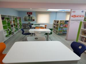 Karaçoban'a Zengin Kütüphane