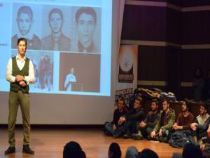 """Kent Konseyi Gençlik Meclisi'nden """"İletişim"""" semineri"""