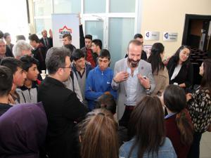 Mesleki eğitim faaliyetlerinde sanayicilerle öğrenciler buluştu