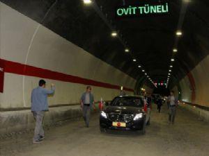 Cumhurbaşkanı Erdoğan Ovit Tüneli'nde incelemelerde bulundu