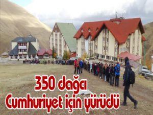 350 dağcı Cumhuriyet için yürüdü
