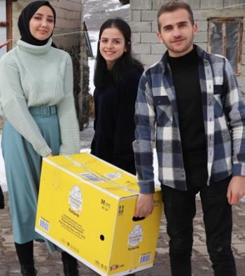 Atatürk Üniversitesi öğrencilerinden örnek davranış