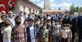 Erzurum'da 4 ilçede 4 okul…