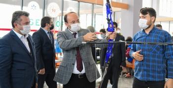 ETÜ'de Öğrenci Topluluk ve Kulüpleri Tanıtım Festivali düzenlendi