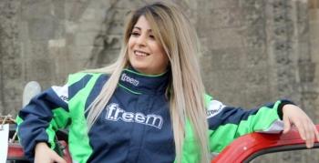 Kadın yarış pilotu oldu, hedefi kız çocuklarını eğitmek
