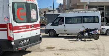 Kamyonet motosikletli kuryeye çarptı: 1 yaralı
