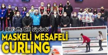 Maske mesafeli Curling