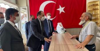 MHP İl Başkanı Karataş Aziziye esnafıyla buluştu
