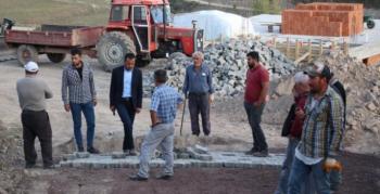 Oltu'da köyler kilitli taşla kaplanıyor