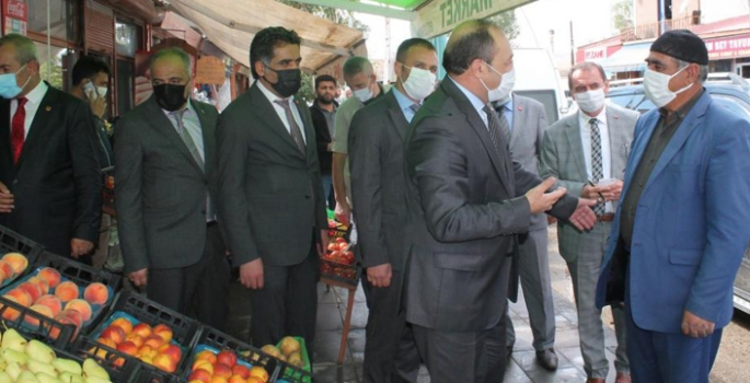 MHP'li Karataş'tan Tekman'a çıkarma