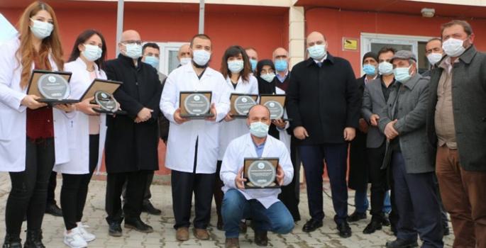 Orhan'dan sağlık çalışanlarına Kanser Haftası sürprizi