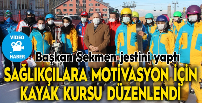 Sağlıkçılara motivasyon için kayak kursu düzenlendi